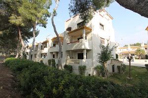 2 bedroom ground floor apartment in Las Ramblas