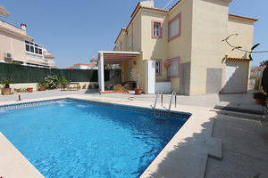 3 bedroom bungalow in Las Colinas De La Zenia, with private pool