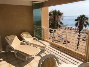 3 bedroom 2 bathroom apartment on the beach front in La Mata