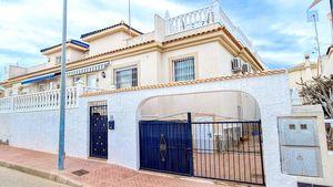 2 bedroom semi detached house in Torrevieja