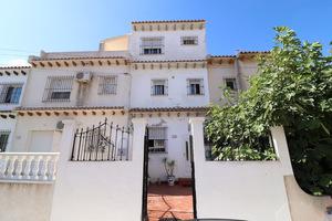 2 bedrooms, 2 bathrooms duplex in Villamartin