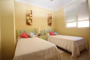 3 bedroom 2 bathroom penthouse overlooking the sea in Campoamor