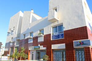 3 bedroom, 2 bathroom duplex in Villamartin