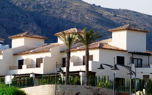 2 bedroom 2 bathroom new house in Sierra Cortina, near Benidorm