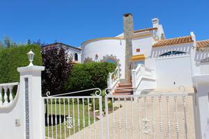 3 bedroom 2 bathroom villa in Los Dolses