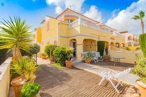 2 bedroom semi detached villa in La Florida