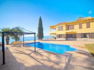 5 bedroom frontline villa with direct access to sea promenade, Punta Prima
