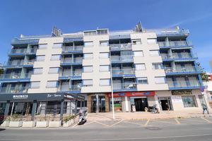2 bedroom fifth floor apartment in Playas de Los Locos, Torrevieja