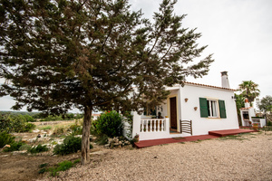 Country house surrounded by fruit trees in Menorca