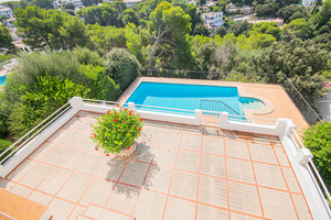 4 bedroom 3 bathroom detached villa in Cala Galdana, Menorca