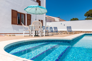 Detached villa divided into 2 in Cala Galdana, Menorca