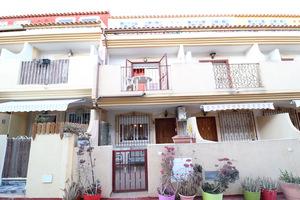 3 bedroom 3 bathroom triplex in Playa Flamenca