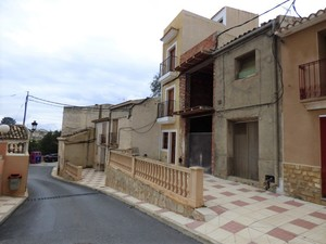 3 bedroom 2 bathroom village house in Relleu
