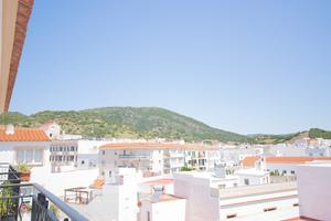 3 bedroom 2 bathroom bright flat in Ferreries, Menorca