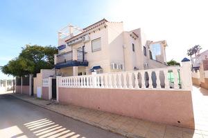 2 bedroom bungalow in Playa Flamenca