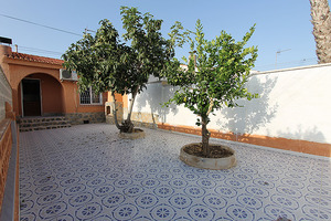 2 bedroom, 1 bathroom bungalow in Torrevieja