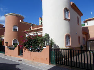 3 bedroom 2 bathroom house on Orihuela Costa