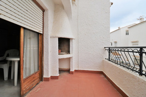 2 bedroom bungalow by the beach in Torrevieja
