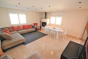 4 bedroom 3 bathroom detached villa in Los Balcones