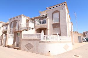 2 bedroom downstairs apartment in house in Aguas Nuevas