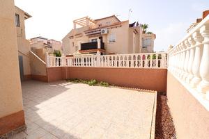 2 bedroom apartment in Playa Flamenca