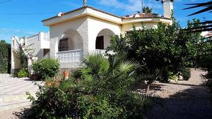 Recently renovated detached 2 bedroom villa in the centre of Ciudad Quesada