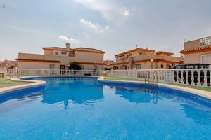 2 bedroom semi detached villa in Playa Flamenca