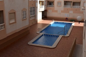 2 bedroom, 1 bathroom first floor apartment in Torrevieja