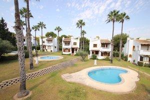 3 bedroom 3 bthroom detched villa next to  golf course in Villamartin