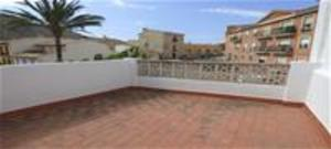 Quaint 4 bedroom, 1 bathroom townhouse in Orcheta, 10 minutes from Benidorm