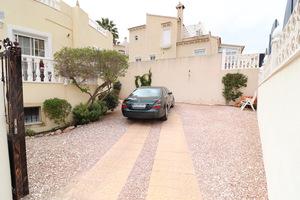 3 bedroom 3 bathroom detached villa in El Galan