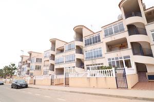 2 bedroom apartment in Punta Prima