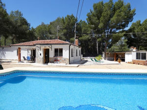 3 bedroom, 2 bathroom villa on the outskirts of Finestrat