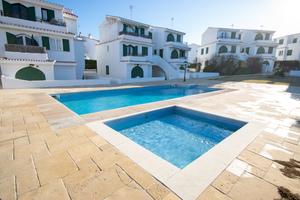2 bedroom ground floor apartment in Cales Piques in Menorca