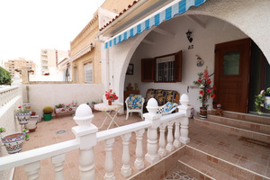 2 bedroom Bungalow for sale in Torrevieja