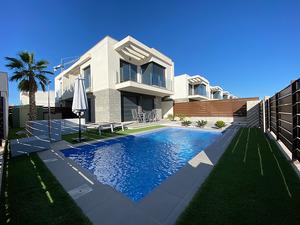 3 bedroom semi detached villa on Vista Bella Golf Resort