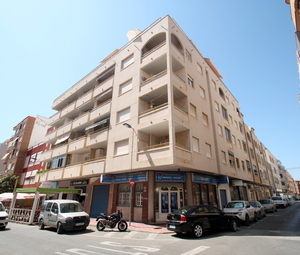 2 bedroom apartment in Torrevieja, 200 metres from the beach