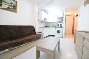 Studio apartment in Torrevieja 600m from the beach