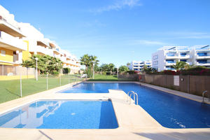 3 bedroom 2 bathroom duplex in Playa Flamenca