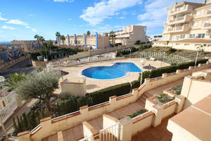 2 bedroom apartment 300m from the beach in Campoamor