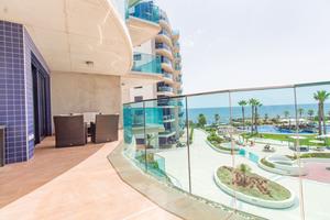 Stunning 3 bedroom 2 bathroom luxury apartment in Punta Prima