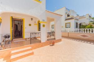 3 bedroom 2 bathroom house near Torrevieja