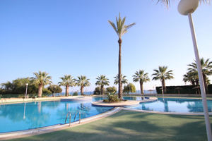2 bedroom apartment in Cabo Roig with sea views