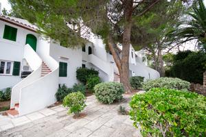 2 bedroom apartment in Cala Galdana, Menorca with sea view