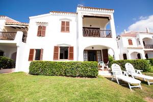 Ground Floor apartment, overlooking the sea Playas De Fornels in Menorca