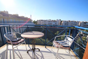 2 bedroom apartment with sea views in Torrevieja