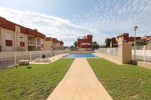 2 bedroom, 2 bathroom property in Lomas De Cabo Roig