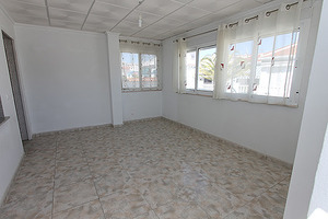 3 bedrom, 2 bathroom semi detached house in Quesada