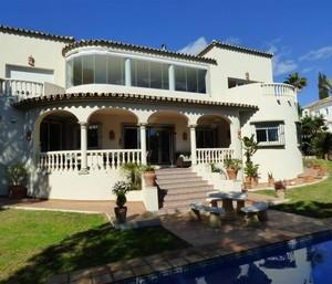 5 bedroom Villa for sale in Marbesa