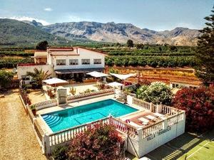 9 bedroom Villa for sale in Gandia